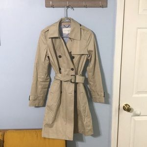Banana Republic Tan Trenchcoat